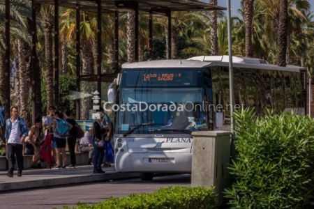 autobuses de salou plaza comunidades autonomicas parada