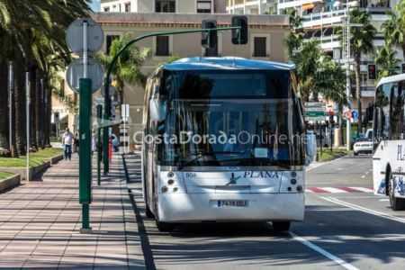 autobuses de salou plaza comunidades autonomicas paseo