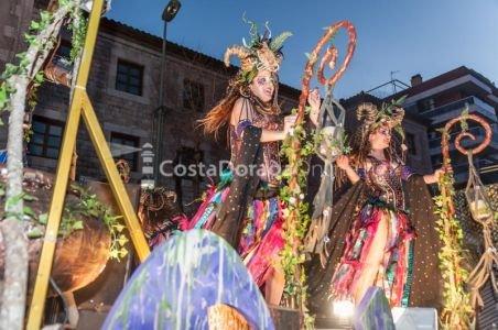 Carnaval-tarragona-2018-rua-de-lluiment-x-5