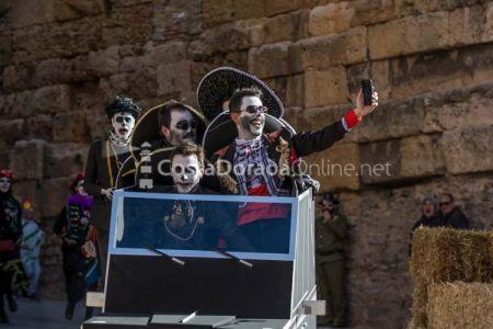 Carnaval-tarragona-baixada-del-pajaritu-2018-6