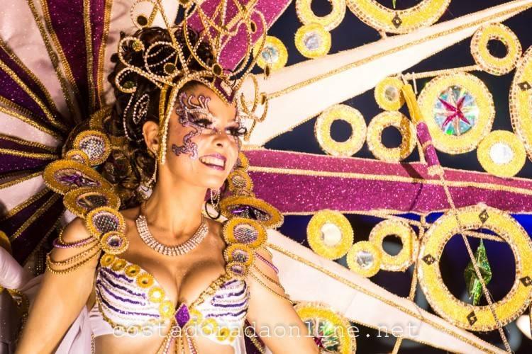 carnaval tarragona 2016 rua artesanal desfile de carrozas