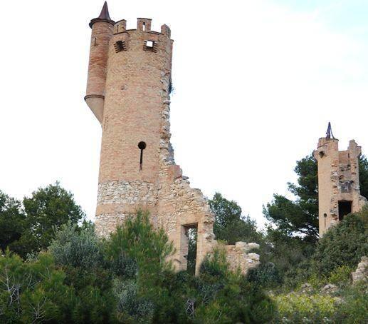 Bellvei. Castillo de la Muga