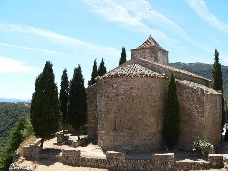 pueblo Albarca Iglesia