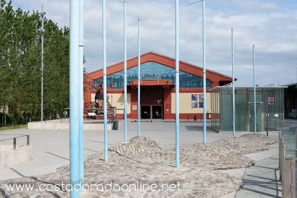 Museo del puerto for Oficina de correos tarragona