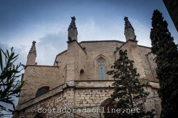 pueblo Montblanc Iglesia