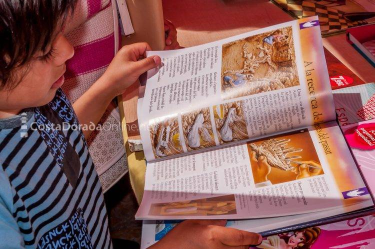 Fiesta de sant jordi; fiesta libros rosas reus tarragona 2017