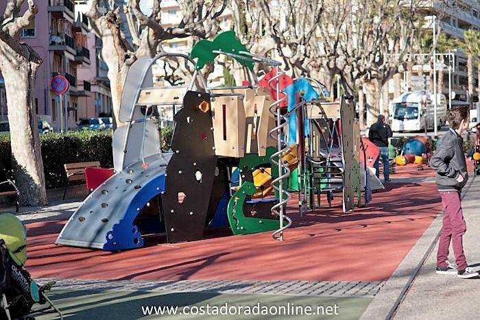 Parque del Carrilet, Parque infantil de la Plaza del Carrilet, Salou