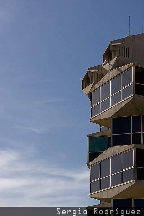 Lugares de interés de Tarragona. Antiguo edificio de la Autoridad Portuaria