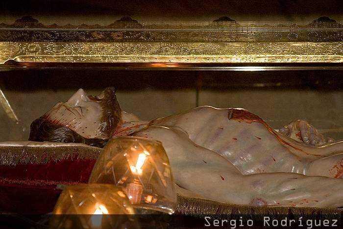 Tarragona modernista. Pasos de la iglesia de San Lorenzo. Santo Sepulcro