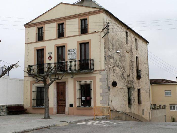 pueblo Marçà Museo Escultura
